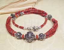 Tibetische Korallen Halskette - mehrreihig - Collier mit Silberelementen - Karma Arts - Nepal