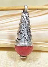 Anhänger Tibetische Schaumkoralleperle mit Silberkappe - Nepal