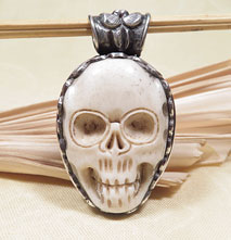 Anhänger Totenkopf - Skull aus Yakbone - 925 Sterling Silber - Lotusblüte - Nepal