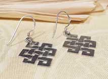 Tibetische Ohrringe Endloser Knoten - 925er Sterling Silber - Glückssymbol - Nepal