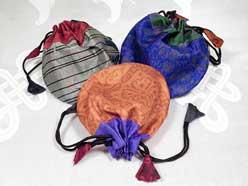 3 Schmuck Beutel aus 100% Seide - Geschenkverpackung - Seidenbeutel Gr. M - NEPAL
