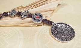 Tibetischer Kalender - Glücksbringer Amulett - Lotus - Dorje - Nepal